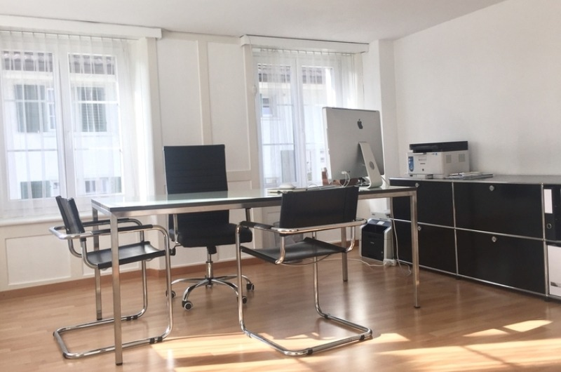 Helles Büro in Thalwil - 1