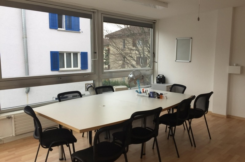 Group Meeting Room for 8 People - 1