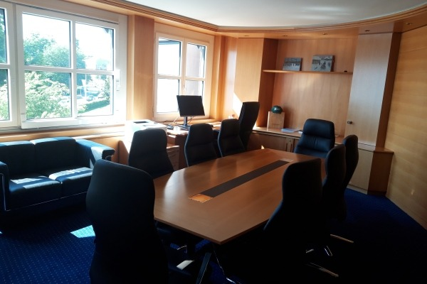 Comfy Office & Meeting room - 3
