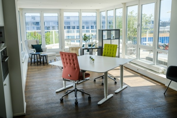 Stylischer Workspace mit Terrasse - 5