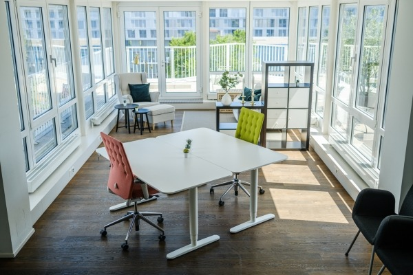 Stylischer Workspace mit Terrasse - 6