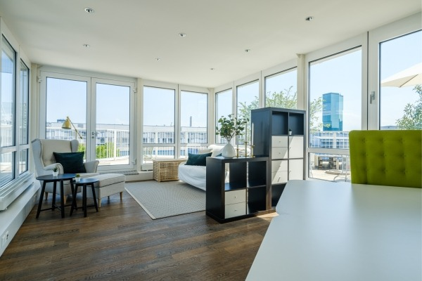 Stylischer Workspace mit Terrasse - 7