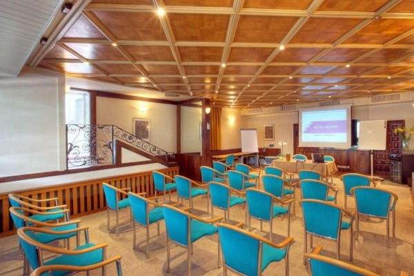 Well equipped conference room in Lugano - 2
