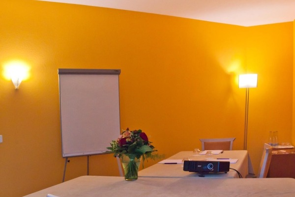 Single Working Space close to lake Lugano - 3